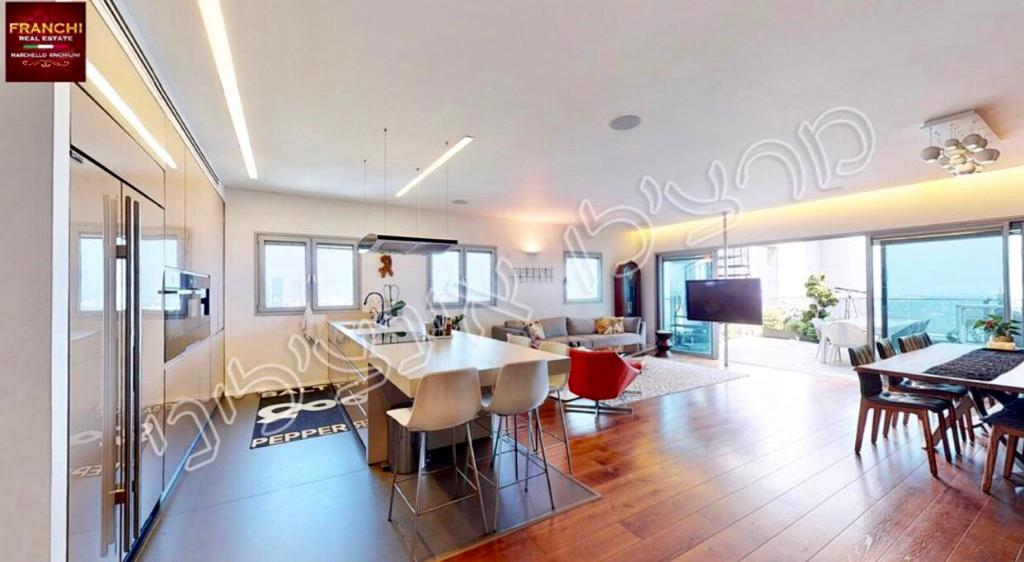 hatzela penthouse